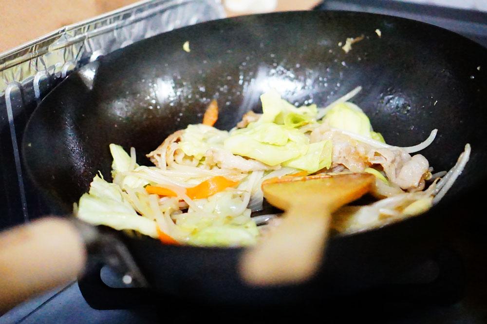 きのう何食べた? 野菜を別に炒めた作り方と味はどう違う?