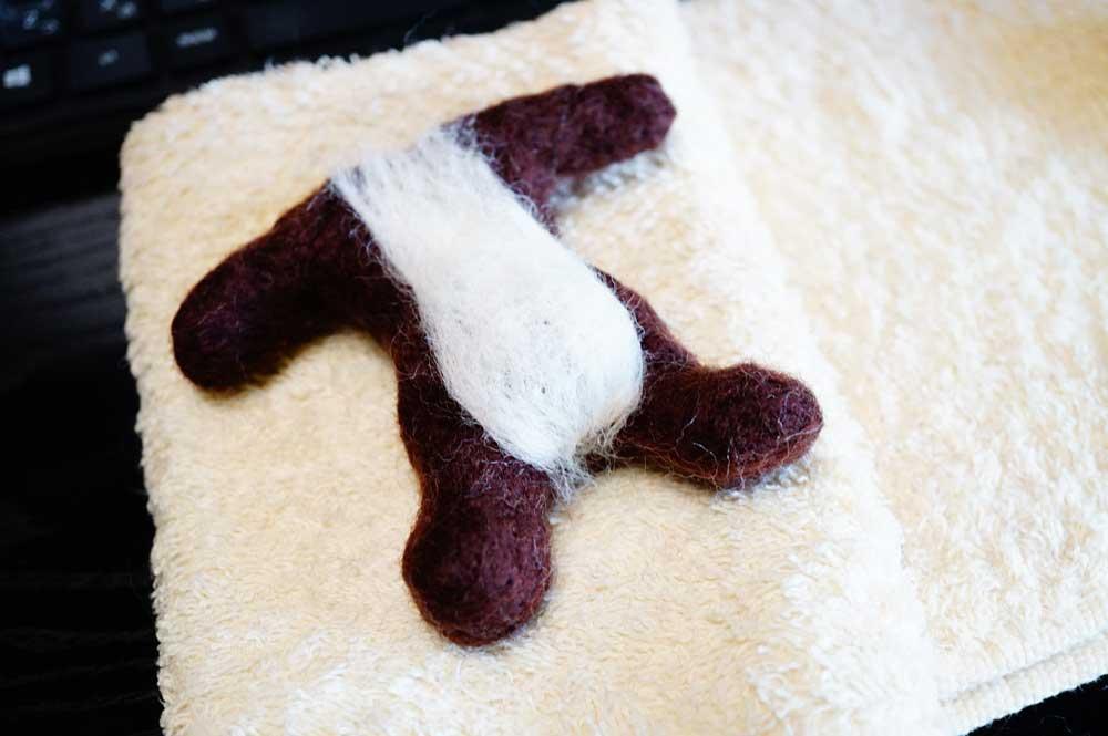 羊毛フェルト 猫 お腹の模様 作り方