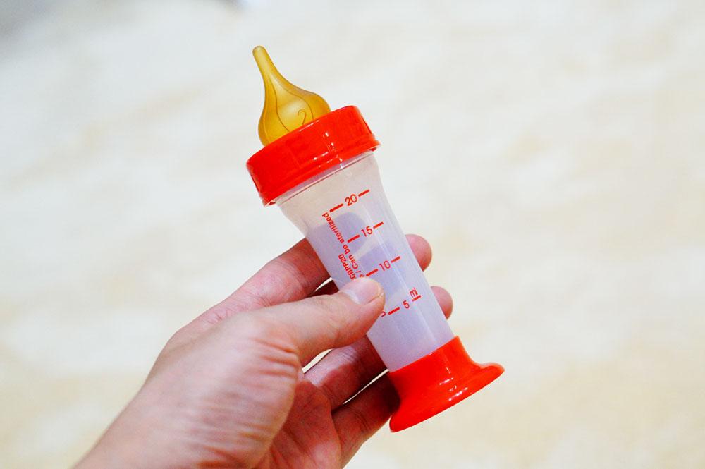 ロイヤルカナンの哺乳瓶が使いやすい